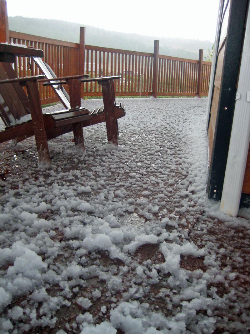Hail on deck