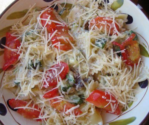 Fried zucchini:mushroom pasta